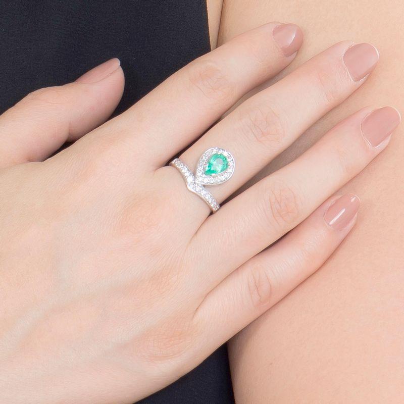 modelo-anel-esmeralda-colombiana-gota-brilhantes-detalhe-ANOBESM566300