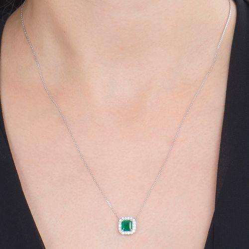 Colar esmeralda 0,73ct e brilhantes brancos