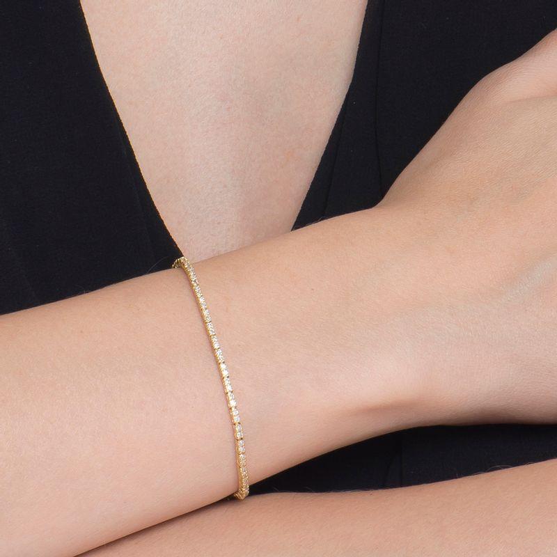 modelo-modelo-pulseira-riviera-cartier-12pts-ouro-amarelo-detalhe-PS1778RZO